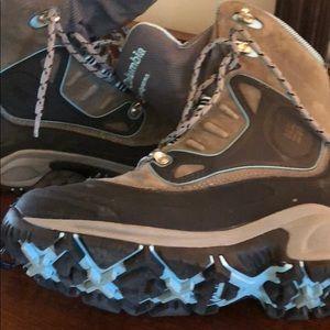 b51f52053b5 Columbia bugathermo usb chargeable heated boots